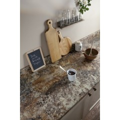 Breakfast Bar / Golden Mascarello